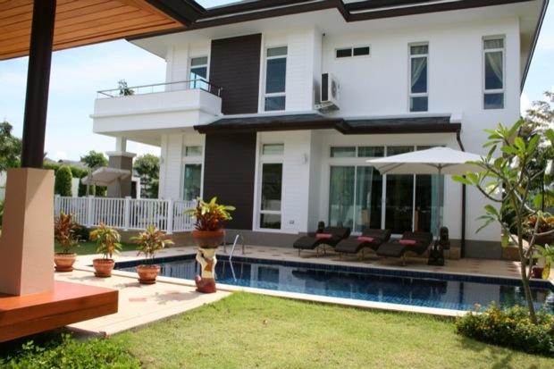 Аренда виллы Villa near Bang Tao Beach на 8 гостей